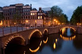 Amsterdam : rencontres autour de l'auto-organisation.